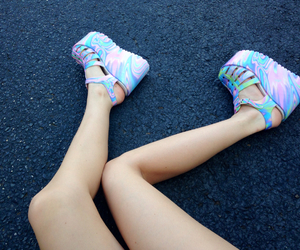 grunge, pastel, and legs image