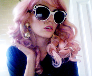 audrey kitching, curly, and hair image