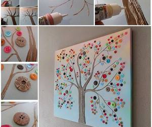 buttons and tree image
