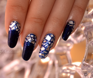blue nails, ongles, and pretty nails image