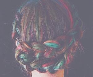 colores, trenzas, and peinado image