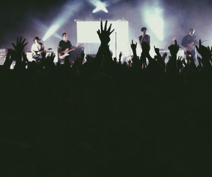 the neighbourhood, concert, and indie image