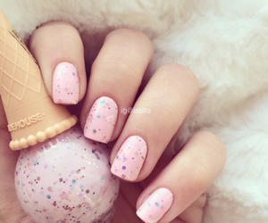 nails, pink, and ice cream image