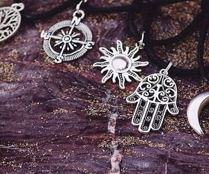 chains, fashion, and hippie image