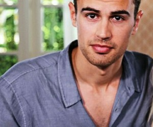 boy, divergent, and theo james image