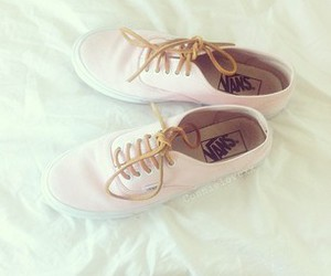 girly, need, and pastel image