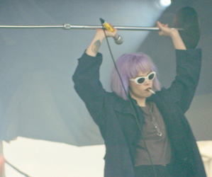 Alice Glass, clothes, and Crystal Castles image