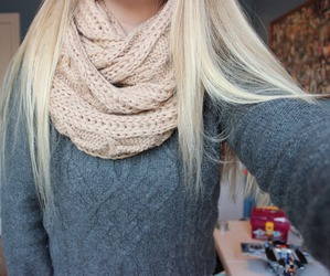 tumblr, sweater, and blonde image