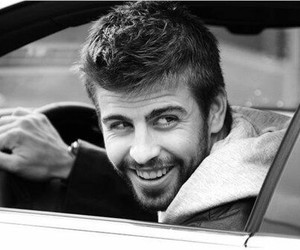 Barcelona, pique, and car image