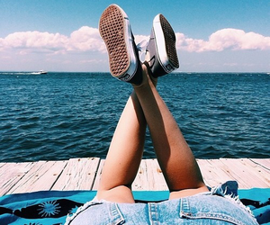 girl, summer, and vans image