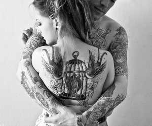 black and white, couple, and photographie image