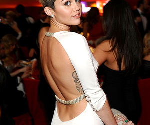 miley cyrus, miley, and dress image