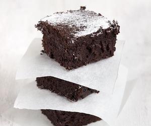 brownie, chocolat, and food image