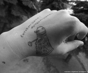 arm, black and white, and doctor who image