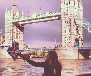 london and tower bridge image