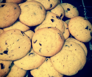 Cookies, too good, and everybody eats image