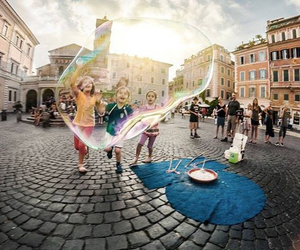 child, bubbles, and italy image