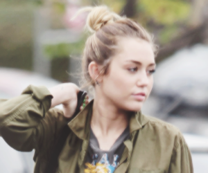 miley cyrus and icon image