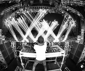 black and white, concert, and dj image