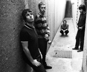 gallagher brothers oasis image