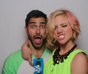 tyler hoechlin and brittany snow image
