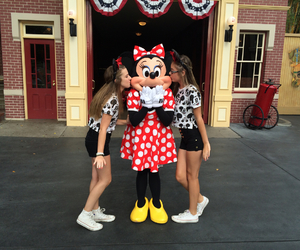best friends, disneyland, and minnie mouse image