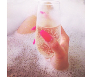 nails, pink, and champagne image
