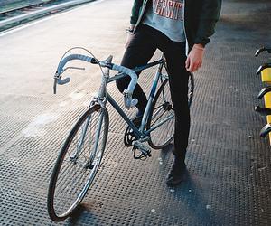 boy and bike image