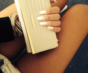 accessoires, brown, and clutch image