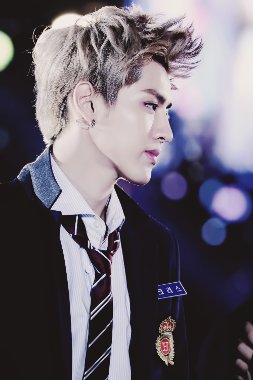 244 Images About Exo Kris ƝŽ ؉ Ɓ' On We Heart It See More About Kris Exo And Exo M