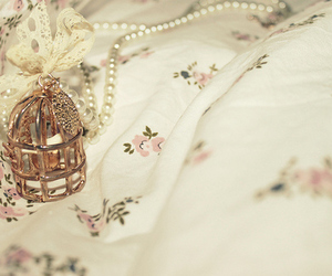 cage, vintage, and necklace image
