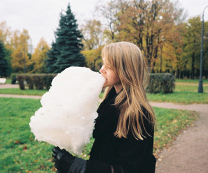 girl, vintage, and cotton candy image