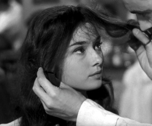 audrey hepburn, old, and roman holiday image