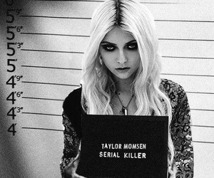 panda, the pretty reckless, and taylor mosen image