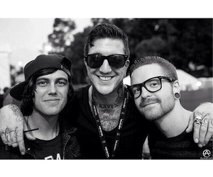 of mice and men and memphis may fire image