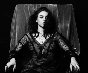 frances bean cobain, black and white, and frances image
