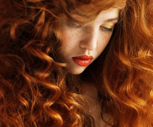 curls, curly hair, and red lipstick image