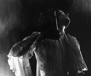 black and white, florence and the machine, and florence welch image