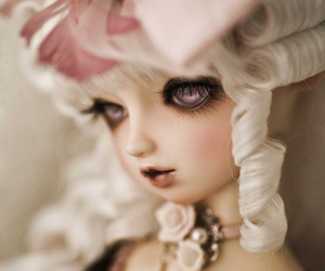 doll and victorian image