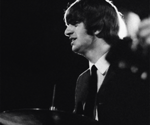 drummer, ringo starr, and the beatles image