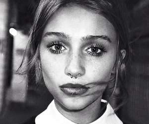 girl, piercing, and cailin russo image