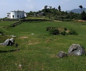 mussoorie tourism, mussoorie hotels, and mussoorie photos image