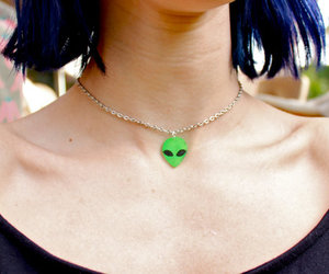 alien, grunge, and necklace image