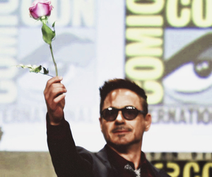 comic con, flower, and Marvel image