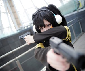Cosplay girl with gun new day