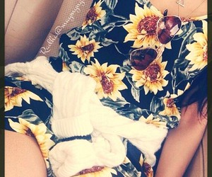 fashion, outfits, and sunflower image