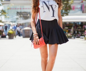 STREET STYLE SECONDS - Best of latest fashion: FLIRTY MINI SKIRT, TEE AND A NECKLACE - OH, SO NICE!