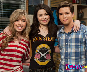 icarly, jennette, and Freddie image