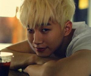 2PM, Hot, and JYP image