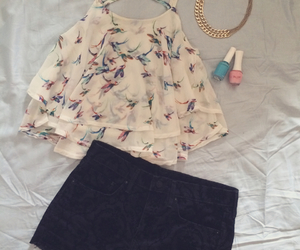 high waisted shorts, outfit, and prints image